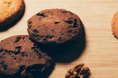 Круглые печенья с грецкими орехами Стоковая Фотография
