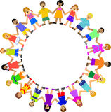 круг детей вручает удерживание