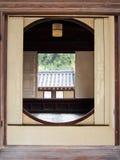 Круглое традиционное окно в Южной Корее Сеула Стоковая Фотография RF