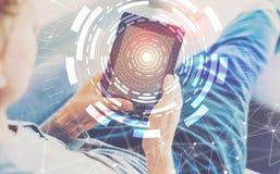 Круг техника цифров при человек используя таблетку стоковое изображение rf
