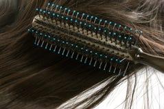 Круглые щетка и волосы Стоковые Фото