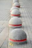Круглый каменный край тротуара дороги Стоковое Изображение RF