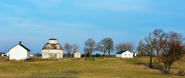 Круглый Farmstead амбара Стоковые Изображения