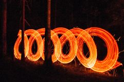 Круг Fireshow на лесе стоковое изображение