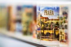 Кружка в сувенирном магазине в Праге Стоковое фото RF