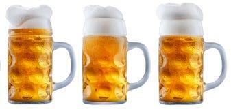 Кружка морозного пива с пеной Стоковое Изображение