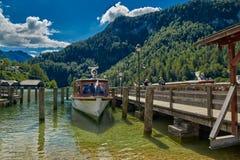 Круиз шлюпки озера Konigsee Стоковые Изображения RF
