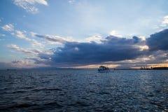 Круиз Thessaloniki вечера Стоковые Фото