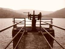 Водяная задвижка на запруде Стоковая Фотография RF
