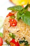 крупный план зажарил рис свинины тайский Стоковое Изображение RF