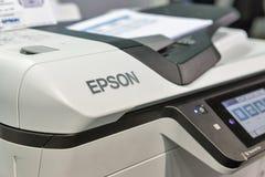 Крупный план копировальной машины Epson во время CEE 2017 в Киеве, Украине Стоковая Фотография