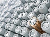 Крупный план кучи золота батарей li-иона Закройте вверх по красочным строкам выбора предпосылки конспекта энергии 18650 батарей Стоковые Фото