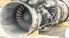 Крупный план лезвий реактивного двигателя стоковые фотографии rf