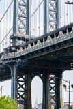 Крупный план моста Манхэттена стоковая фотография