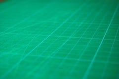 крупный план режа зеленую циновку Стоковое Изображение RF