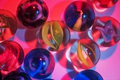 Крупный план снятый стеклянных мраморов Стоковое Фото