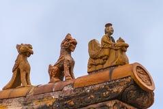 Крупный план статуй на угле крыши, запретного города Пекина Стоковая Фотография RF
