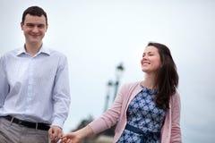 Крупный план счастливых пар датировка стоковое фото rf