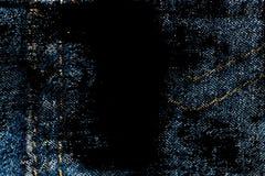 Крупный план Grunge пакостный устарелой текстуры джинсовой ткани голубых джинсов карманной, предпосылка макроса для вебсайта или  Стоковые Фотографии RF