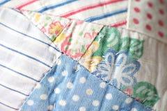 Крупный план античного лоскутного одеяла Стоковые Фото