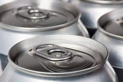 Крупный план банок пива Стоковые Фотографии RF