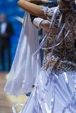 Крупный план вверх задней части профессионального женского танцора в Beautifu Стоковые Фотографии RF