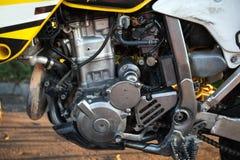 Крупный план двигателя мотоцилк стоковое фото rf