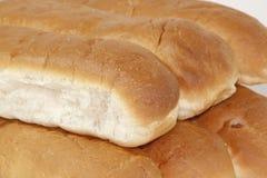 Крупный план вкусной белой хлебцев испеченных печью Стоковая Фотография RF