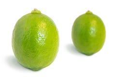 Крупный план 2 всех зрелых плодоовощей известки Стоковые Изображения
