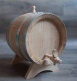 Крупный план деревянной бочки вина Стоковые Изображения RF