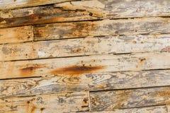 Крупный план деревянных планок на покинутой деревянной развалине рыбацкой лодки Стоковое Изображение RF