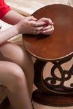 Крупный план женских рук Стоковое Фото