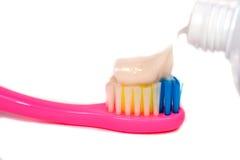 Крупный план зубной щетки макаронных изделий Стоковое Изображение