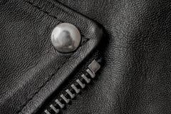 Крупный план кожаной текстуры с частями металла Стоковые Фотографии RF