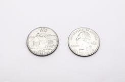 Крупный план к символу положения Айовы на монетке квартального доллара на белой предпосылке Стоковые Изображения