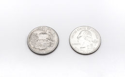 Крупный план к символу положения Арканзаса на монетке квартального доллара на белой предпосылке Стоковые Фотографии RF