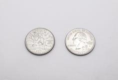 Крупный план к символу положения Вермонта на монетке квартального доллара на белой предпосылке Стоковое фото RF