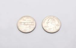 Крупный план к символу положения Северной Каролины на монетке квартального доллара на белой предпосылке Стоковое фото RF