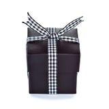 Черная коробка подарка с checkered тесемкой Стоковое фото RF