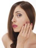 Крупный план молодой женщины с красивыми волосами. Стоковые Фотографии RF