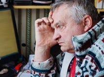 Портрет унылого пожилого человека Стоковые Изображения RF