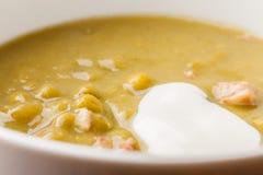 Крупный план супа гороха и ветчины Стоковые Фотографии RF