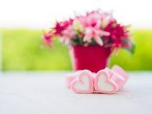 Крупный план сладостного зефира в форме сердца Стоковое Фото