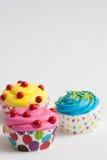 Крупный план цветастые пирожные Стоковые Фотографии RF