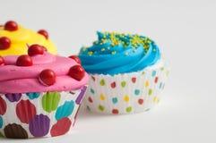 Крупный план цветастые пирожные Стоковое Изображение