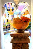 Крупный план шара милостынь монаха Стоковое Фото