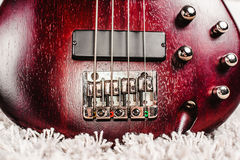 Крупный план электрической гитары Rosewood басовый Стоковое фото RF