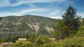 Крутые холмы Pre Alpes в южной Франции видеоматериал