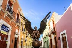 Крыла города Джордж MarÃn, экспонатом скульптуры в улицах Кампече, Кампече, Мексики Стоковая Фотография