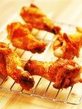 крыла зажаренные цыпленком Стоковые Изображения